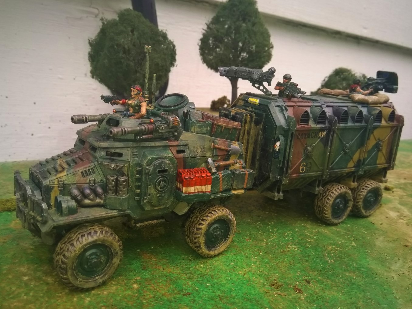 Armored utility vehicle used by the Imperium of man the Canyonero is often used an an APC supply hauler or prisoner transport and on Imperial Guard convoy operations